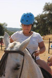 carmen escobar en caballo
